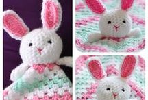 Crochet & Knitting / by Janis Sweat
