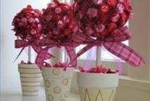 Candy centerpieces / by Susan Strohl