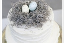 Wedding Cakes That Aren't Hideous / by Tammy Donroe