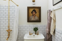 la salle de bain / by Christine Lucaciu
