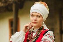 Folk Costumes/Headwear / by Pauline Mariano