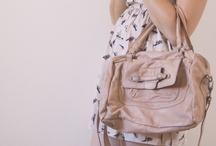 La mode, la mode, la mode.  / Mes coups de coeur, mes envies mode et mes lubies.  / by Amelie Sogirlyblog