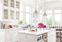 pretty kitchens / by AnitaLeihulu