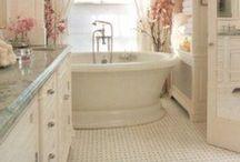Home: Bathroom & Laundry / Love the way you live / by Jasmine Treen