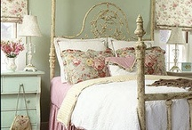 Design Sponge / All the colours, plans, fabrics and pretty things for my house.  / by Lisa Coverdale