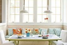 home: kitchen eating area / by Jenna Stoller