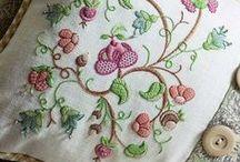 Embroidery: Hazel Blomkamp / by Mada Vorster