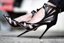 Shoes / Shoes, shoes and more shoes! / by Viktoria Kraguen