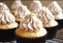 Cupcake Love / by Ally White