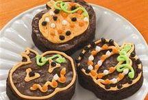 Halloween Treats / No tricks here, just tasty #treats!  / by Crisco Recipes