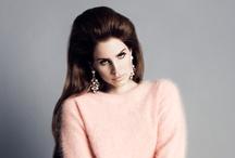 Celebrities  / by Allysha Dutfield