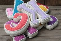 Crochet Ideas / by LaHabitación DeAtrás