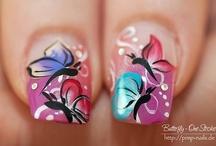 nails / by Esther Piekaar