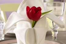 CENTERPIECES / by Renee Upton