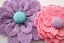 Flowers - Paper, Felt, Ribbon & Yarn / by Lisa Allard