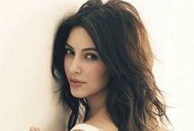 Kim Kardashian / by Alisa Morrison