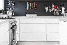 Kitchens / by Jessica Birardi