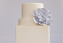 Cakes / by Clemen Tine