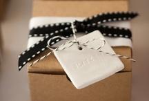 Tinta Gris complementos / Productos para #bodas #invitaciones #eventos #cintas #cajas #papeles y mucho más. #Boxes #Handmade #Weddings #EastofIndia  Todo en Tinta Gris www.tintagris.com / by Tinta Gris