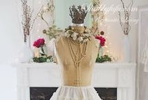 Mannequins & Dress Forms / by Pastel Chic Designs {Tamra Hall}
