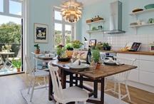 Kitchen / by Anne-Julie Aubry