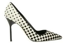 mi piacciono le scarpe / by Elisabetta Lai