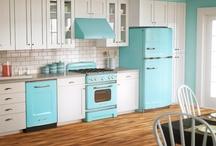 Kitchens / by Linda Clark