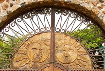Gorgeous Doors & Gates / by Anne Maree Connick