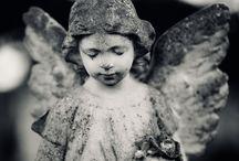 """:: STATUE :: / Les statues """"vieillies"""" me fascinent, tout dépend de leur cadrage / by Anne-Laure Alain"""