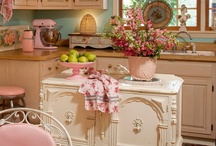 Kitchens and Dining Rooms / by Sheila McGary-Baird