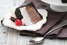 Cakes and Cupcakes / by Melissa Mondragon | no. 2 pencil