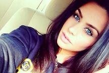 SELFIES of Pretty Girls / ♡ But first, let me take a SELFIE.... / by ℳyha Papaya ❀