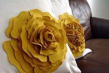 fabric flowers / by Shimha Shakyb