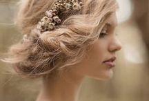 Hair flavourites / by Sharon de Zande