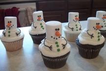 craving cupcakes... / by Eileen Rosenberg