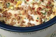 Food - Crockpot Specialites / by Jackie Hawkins