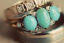 accessorize / by Amanda Lenart