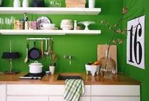 Decor: Kitchens / by Swoodson Says