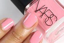 Nails Nails Nails / by Nikki Richer