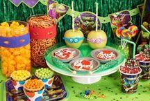 Teenage Mutant Ninja Turtles Party (TMNT Party) / Cowabunga, dude! It's a Teenage Mutant Ninja Turtles party! #TMNTparty #BirthdayExpress / by Birthday Express