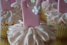 Cute Cupcakes / by Tammy Maus