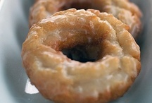 Donuts & Fritters & Cinnamon Rolls / by Julie Andersen
