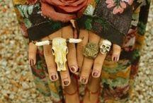 Jewelry | Accessories / by Betty Oropeza