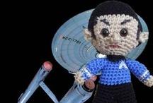 geek crochet / by Lynne Burns