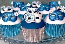 Cupcakes, Cupcakes, Cupcakes / by Samantha Saacks