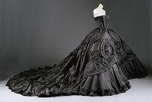 Vintage Fashion / by Miki W