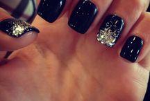 Nails / by ƧᗩᗰᗩИ✞ℍᗩ
