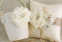 Wedding Etsy Shop Inspiration-Stuff to Make / by Christine E Stout