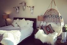room decor / by Emily Houghton
