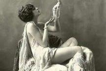 Ziegfeld Follies Showgirls :: Alfred Cheney Johnston / by Lauri Stavale
